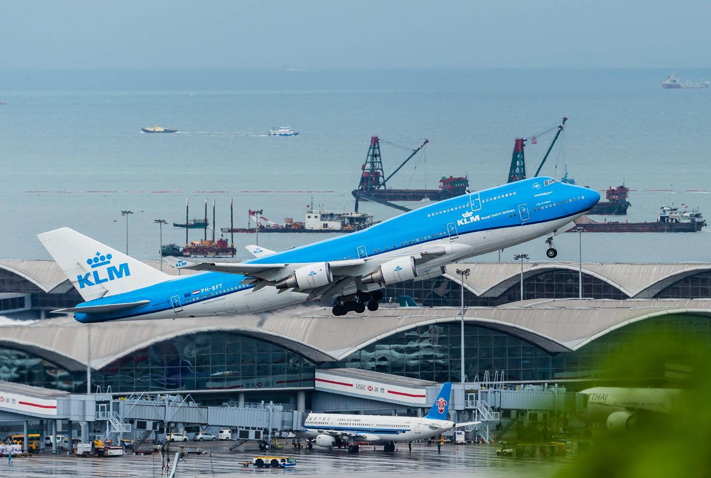 [原创]波音747一组 BOEING 747-400 PH-BFT 香港赤鱲角国际机场