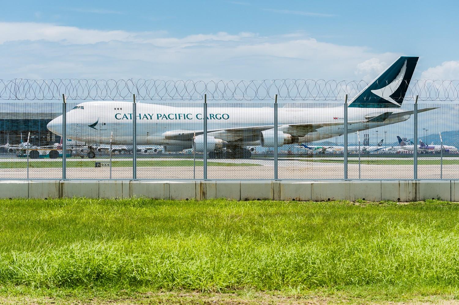 Re:[原创]波音747一组 BOEING 747-400ERF B-LIE 香港赤鱲角国际机场