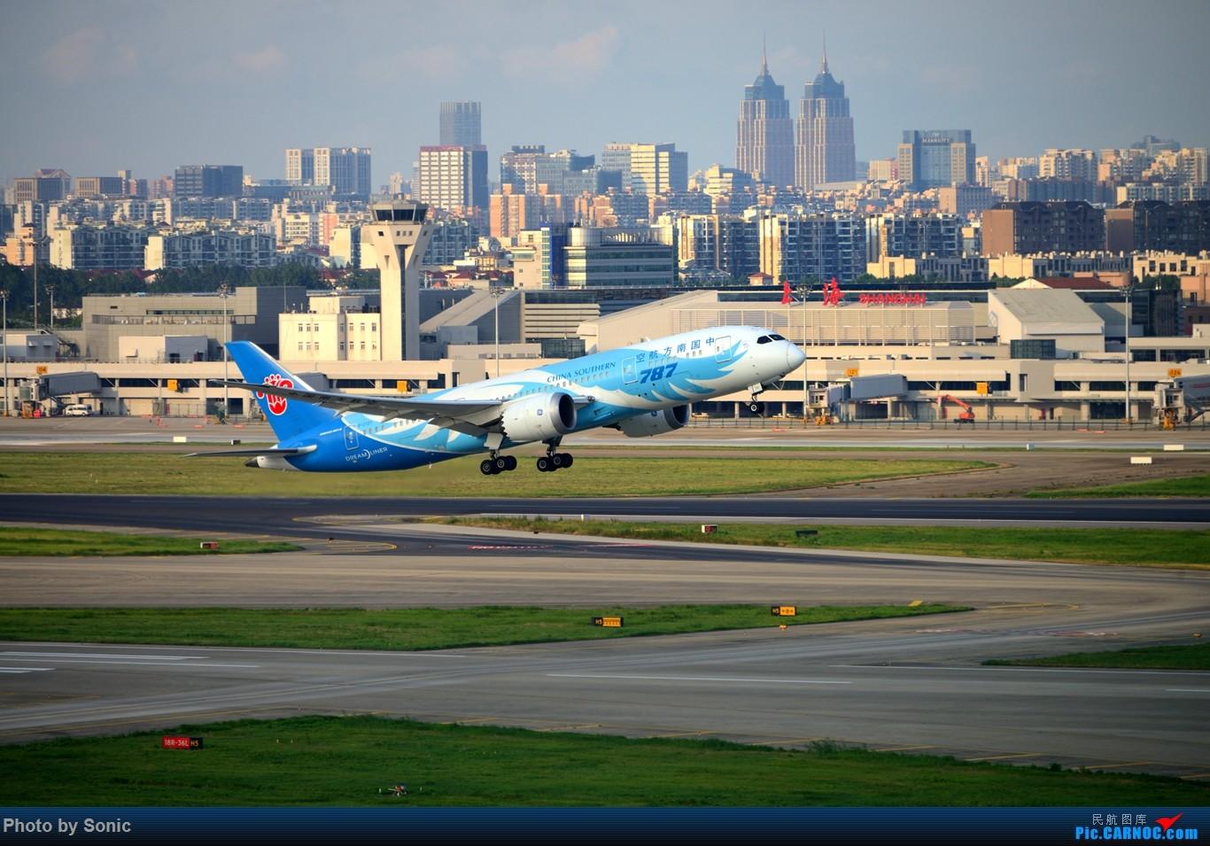 [原创]南航787 虹桥西区 BOEING 787-8 B-2727 中国上海虹桥国际机场