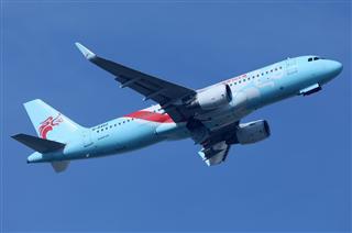 Re:空客320系列起飞拉起高清图一组。