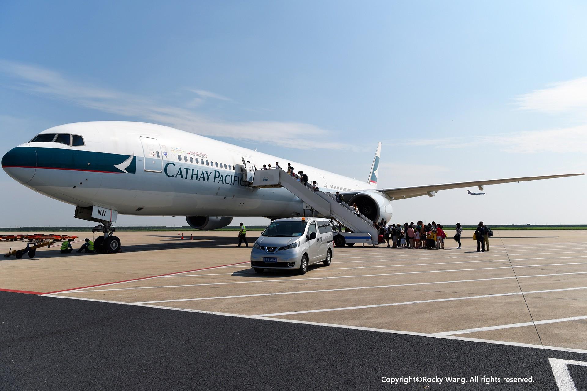 Re:[原创]简易版游记,纪念一次30段的环球飞行和一些碎碎念 BOEING 777-300 B-HNN 中国上海浦东国际机场