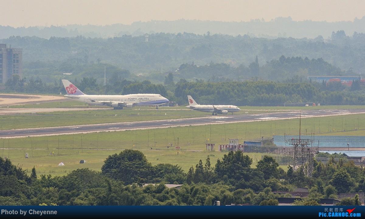 Re:[原创]蓉卢兹之日常 BOEING 747-400 B-18215 中国成都双流国际机场