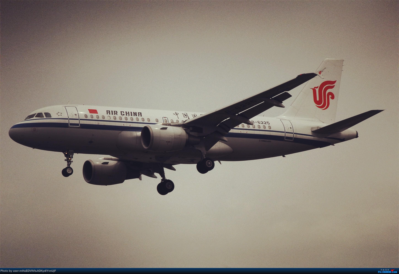 Re:和几个大佬去拍钙航359首飞,相机坏了图很恶心只能加滤镜随便看看。 AIRBUS A319-100 B-6225 中国北京首都国际机场