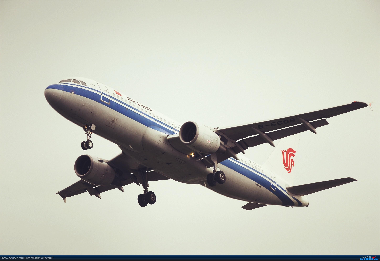 Re:和几个大佬去拍钙航359首飞,相机坏了图很恶心只能加滤镜随便看看。 AIRBUS A320-200 B-6608 中国北京首都国际机场