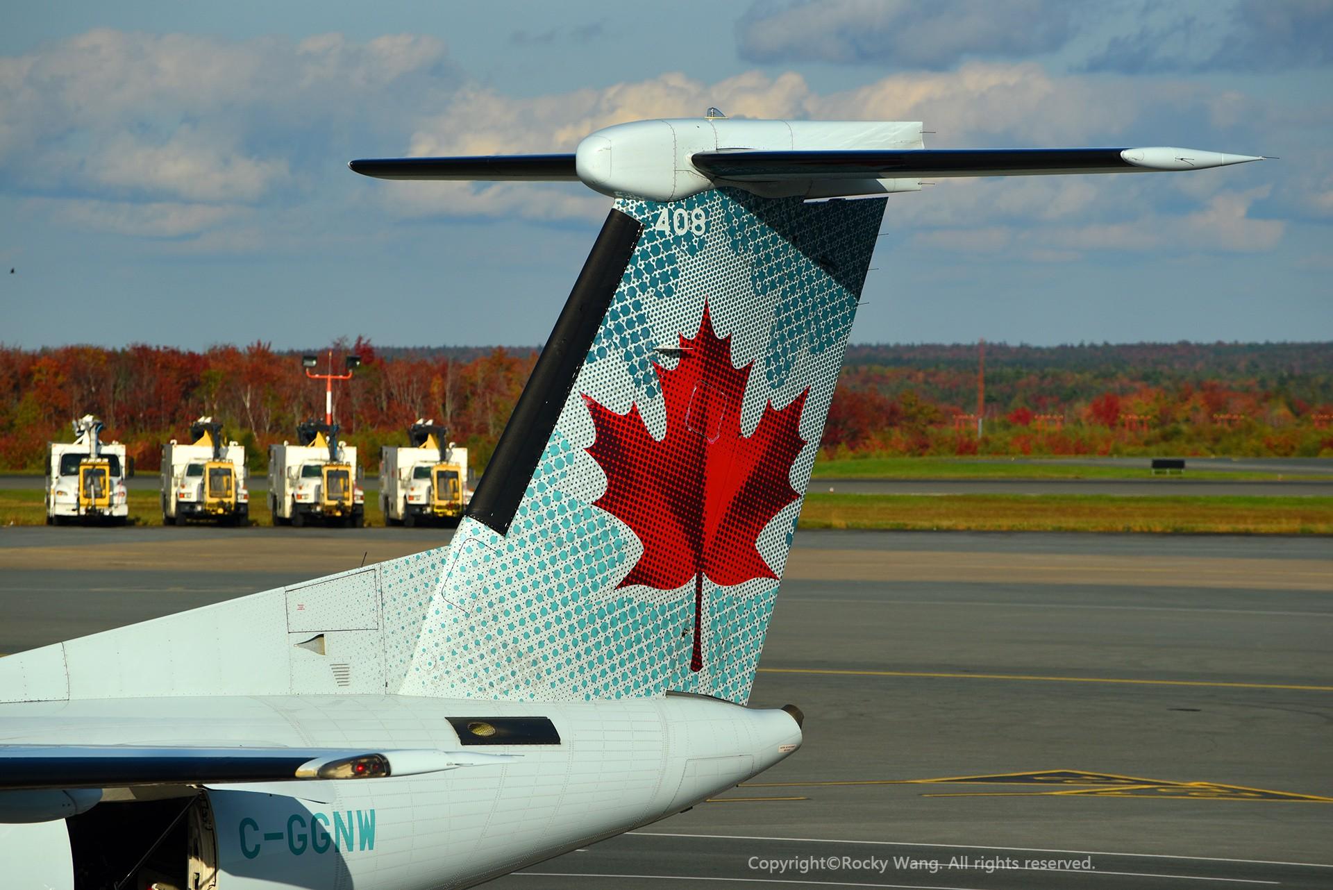 Re:[原创]简易版游记,纪念一次30段的环球飞行和一些碎碎念 BOMBARDIER DASH 8-Q402 C-GGNW Halifax Int'l Airport