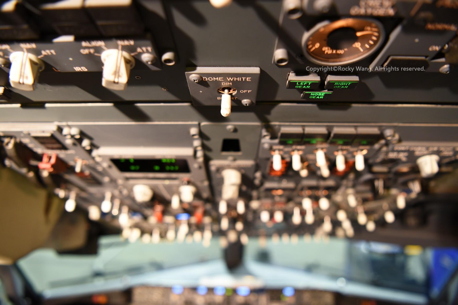 Re:[原创]简易版游记,纪念一次30段的环球飞行和一些碎碎念 BOEING 737-8H4 N8536Z Seattle-Tacoma Int'l Airport