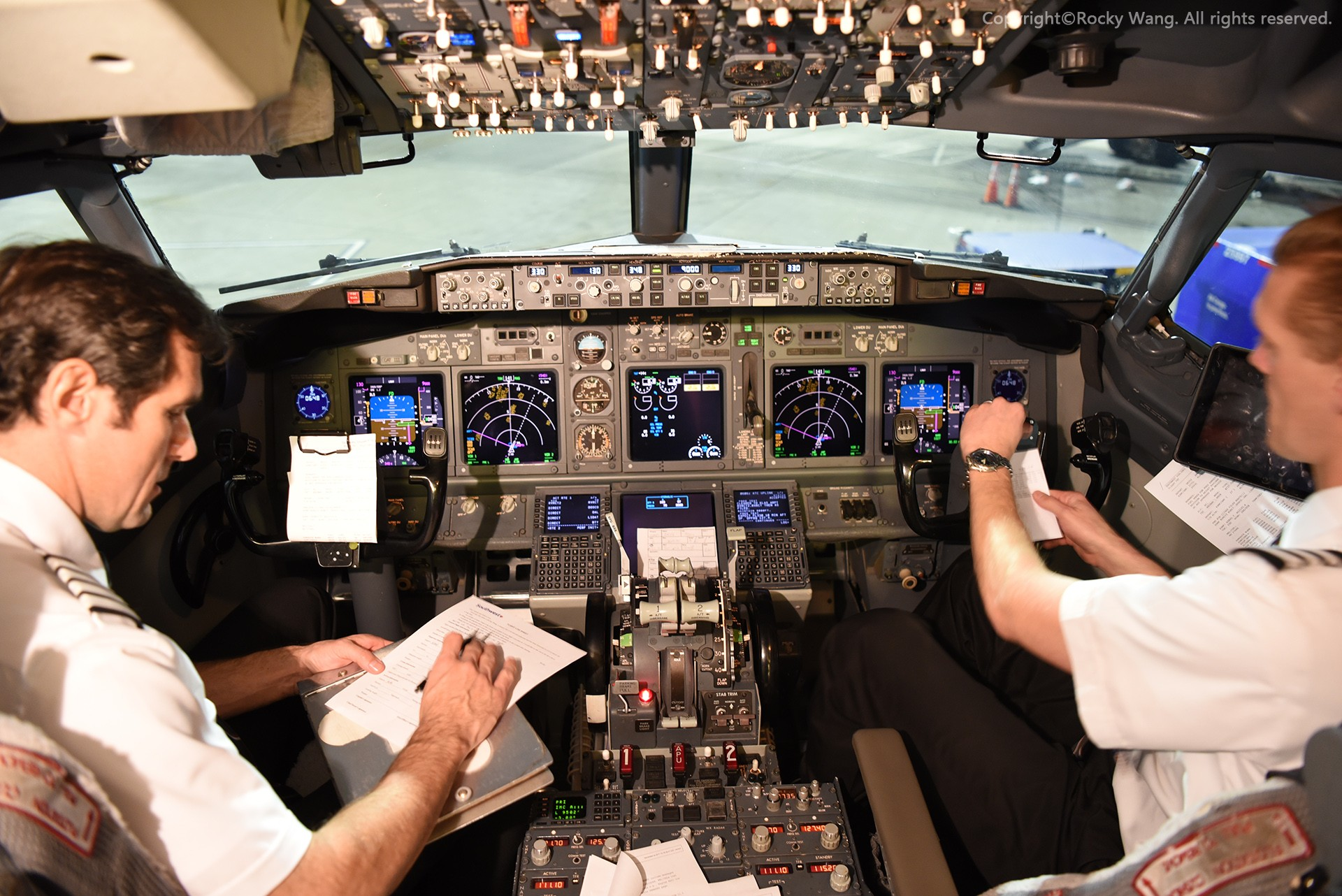 Re:[原创]简易版游记,纪念一次30段的环球飞行和一些碎碎念 BOEING 737-7H4 N928WN Sacramento Int'l Airport