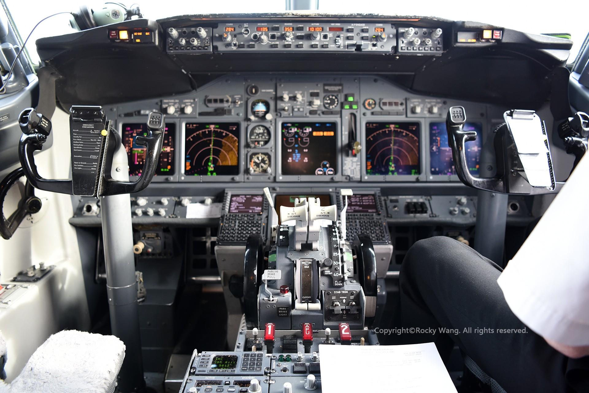 Re:[原创]简易版游记,纪念一次30段的环球飞行和一些碎碎念 BOEING 737-7BK N7824A San Francisco Int'l Airport