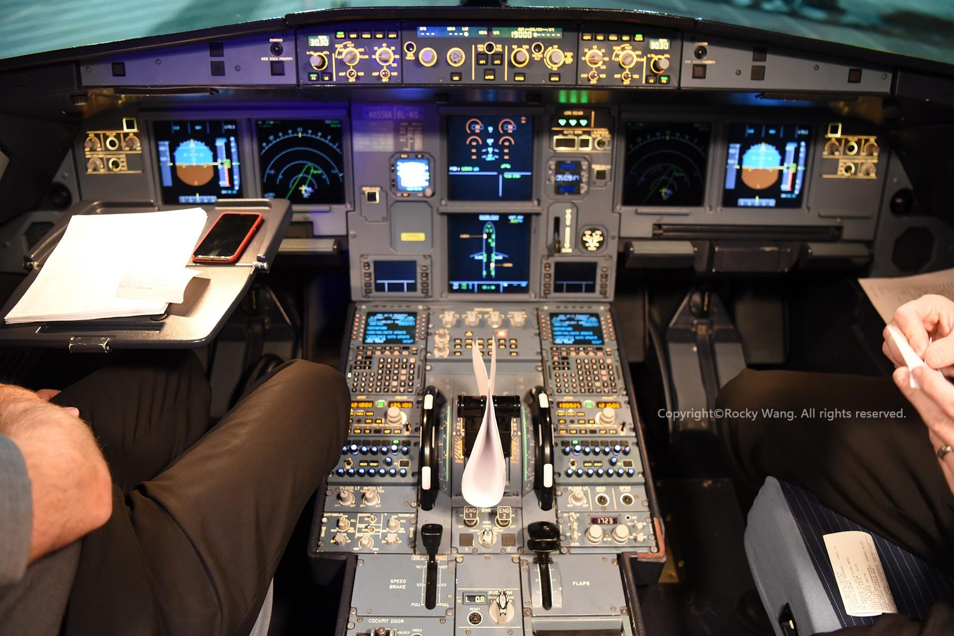 Re:[原创]简易版游记,纪念一次30段的环球飞行和一些碎碎念 AIRBUS A320-214 N855VA San Francisco Int'l Airport