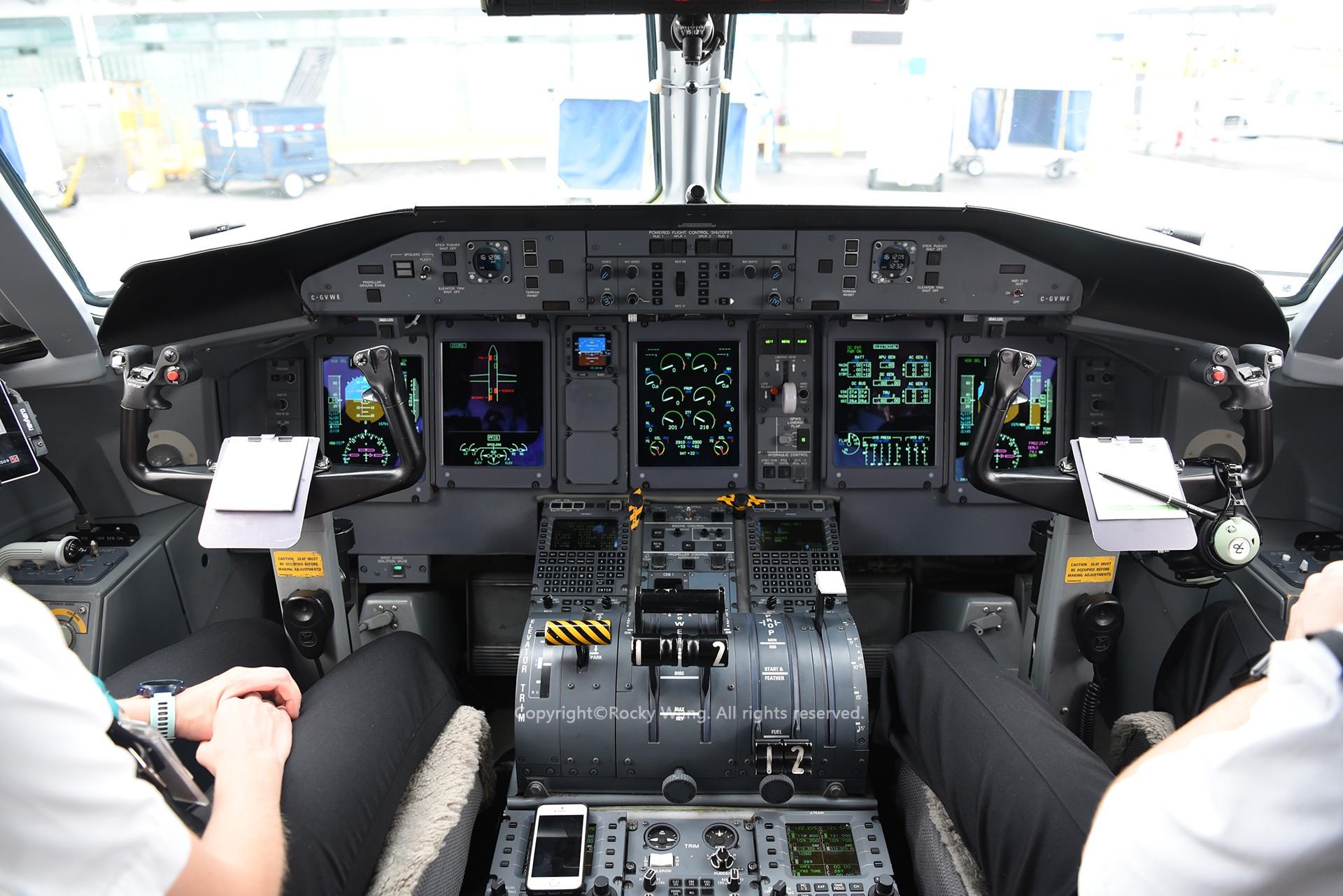 Re:[原创]简易版游记,纪念一次30段的环球飞行和一些碎碎念 BOMBARDIER DASH 8-Q402 C-GVWE Toronto Lester B. Pearson Int'l Airport