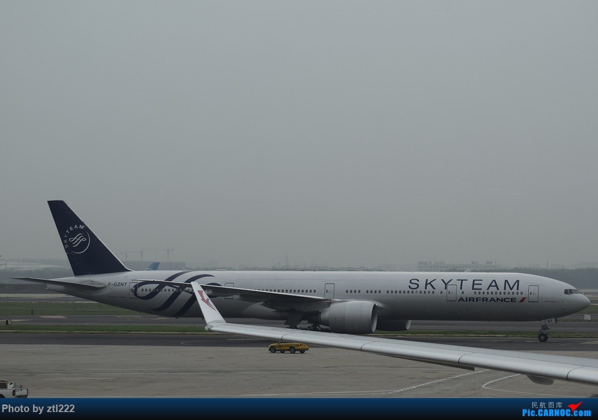 Re:[原创]Re:[原创]【天天飞旅】第九集:暑假再探魔都---东航京沪航线再体验 BOEING 777-300ER F-GZNT 中国北京首都国际机场