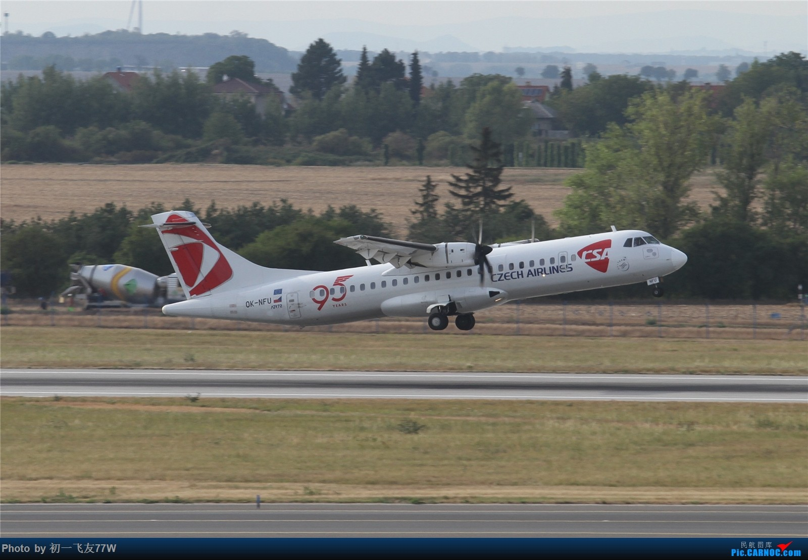 Re:[原创]【多图党】在布拉格机场等飞机时伪装拍机【1600:900】 ATR-72