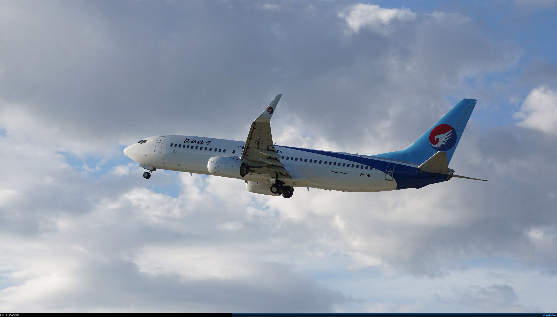 Re:[原创]呼伦贝尔机场夏日午后 BOEING 737-800 B-1561 中国海拉尔东山机场