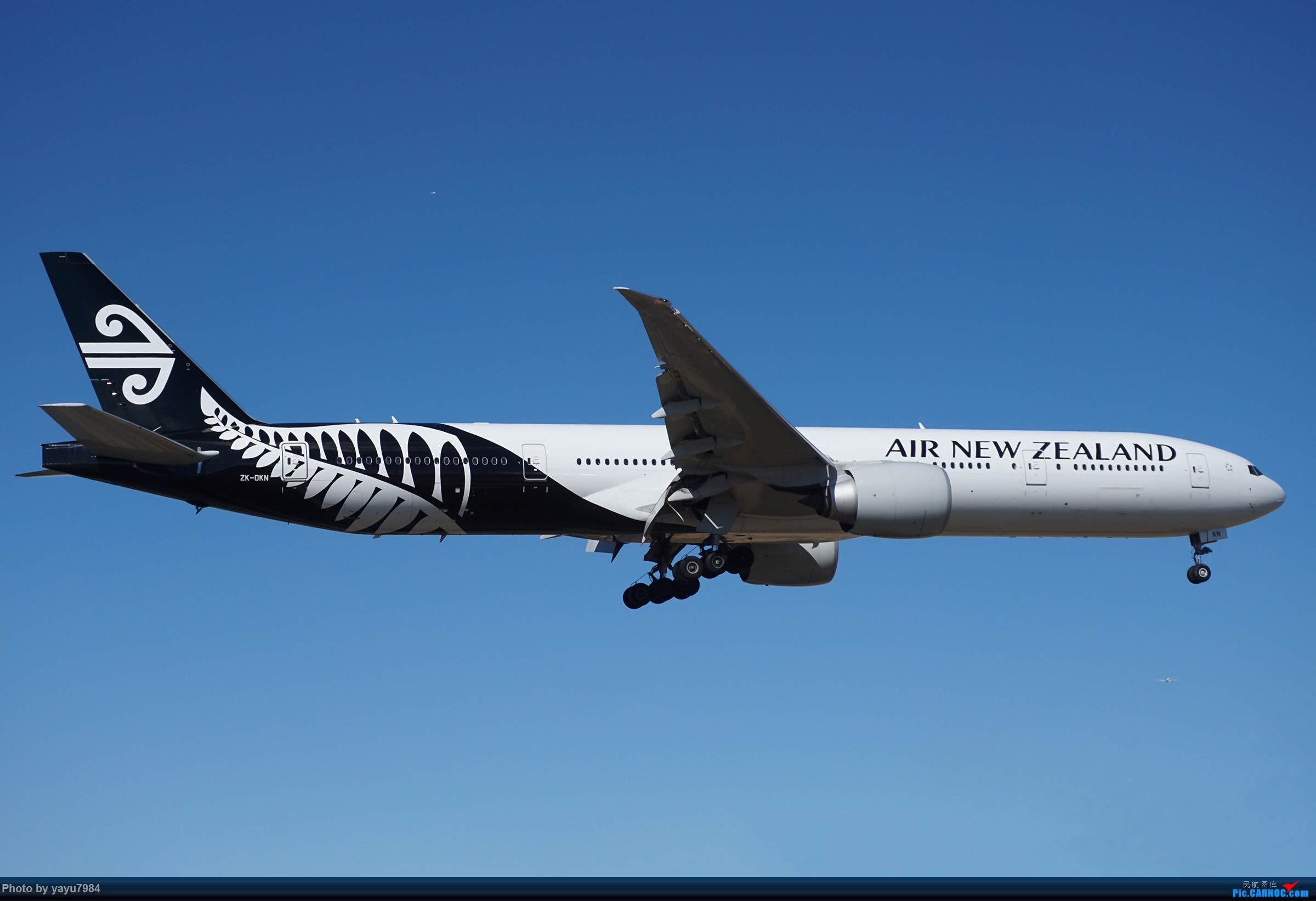Re:[原创][SYD] 25跑道头打卡,有幸收集到4架MU的A332 BOEING 777-300ER ZK-OKN 澳大利亚悉尼金斯福德·史密斯机场