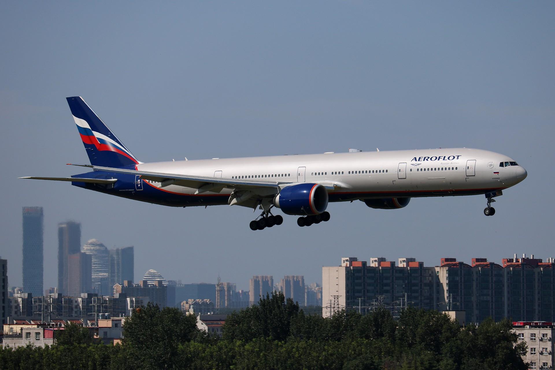 Re:[原创]LIULIU|【PEK】36L降落一组Ⅴ|城市背景下的进近 BOEING 777-300ER VQ-BIL 中国北京首都国际机场