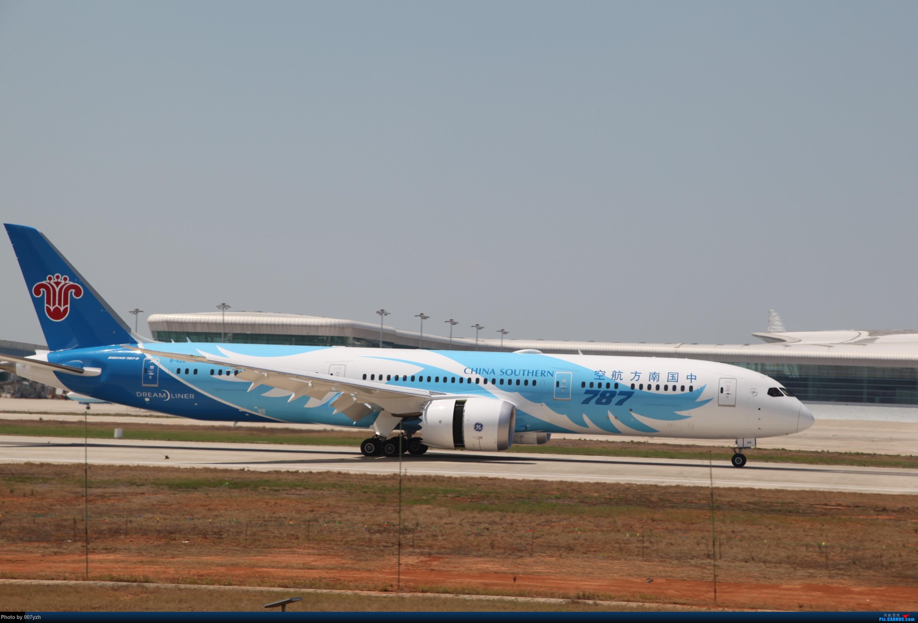 Re:[原创]奔着南航789来的武汉04R跑道拍机 BOEING 787-9 B-1128 中国武汉天河国际机场