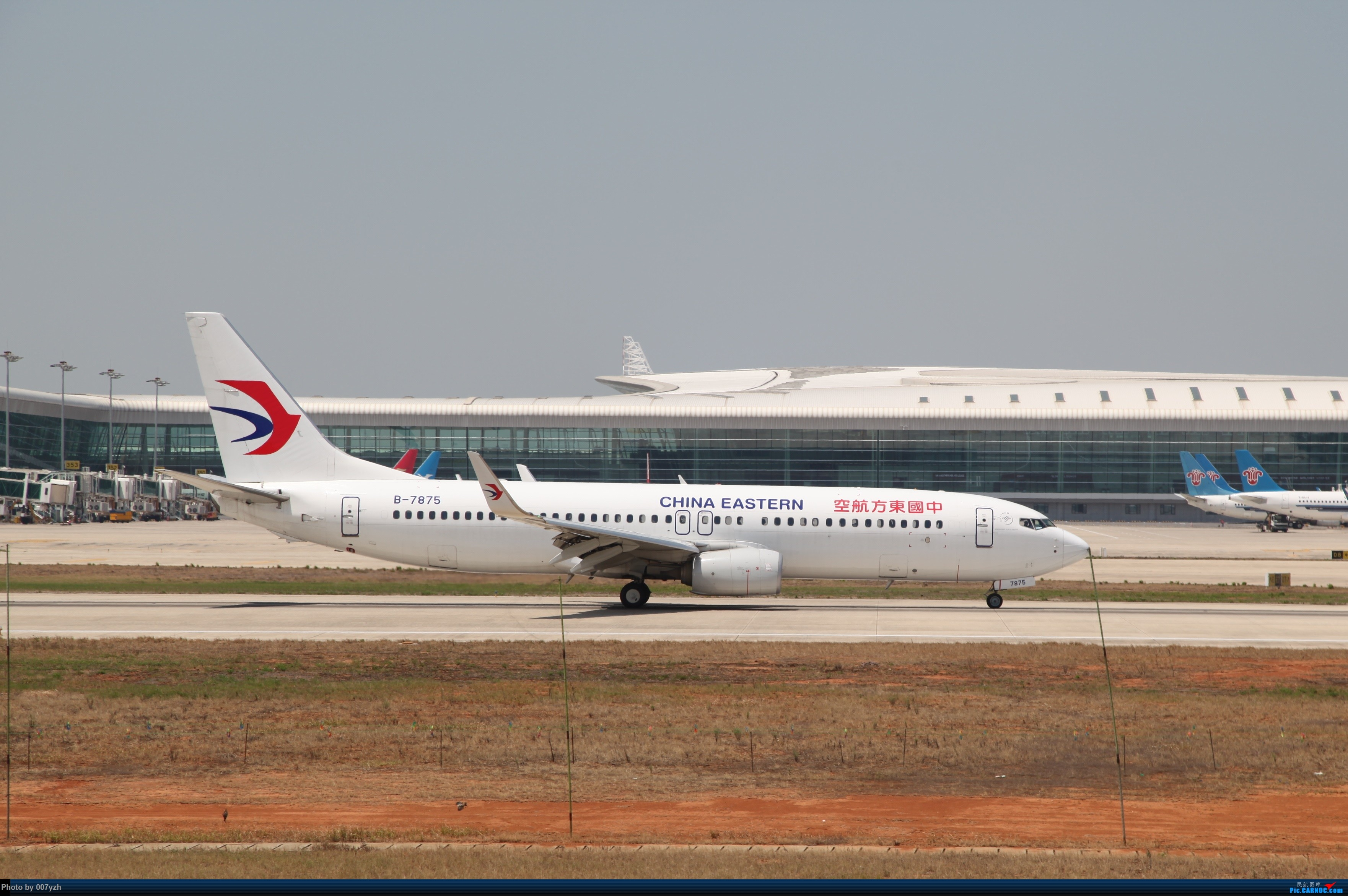 Re:[原创]奔着南航789来的武汉04R跑道拍机 BOEING 737-800 B-7875 中国武汉天河国际机场