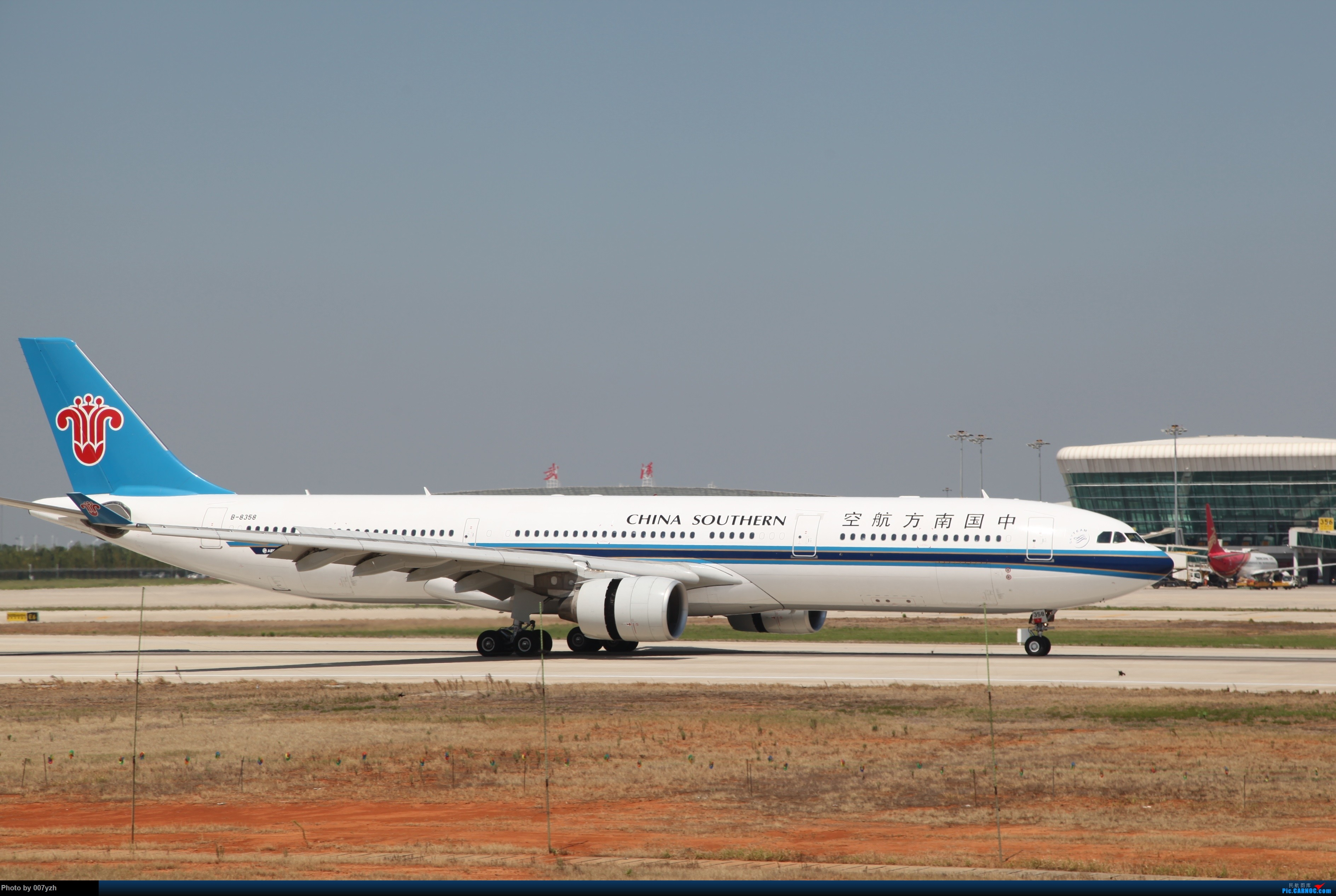 Re:[原创]奔着南航789来的武汉04R跑道拍机 AIRBUS A330-300 B-8358 中国武汉天河国际机场