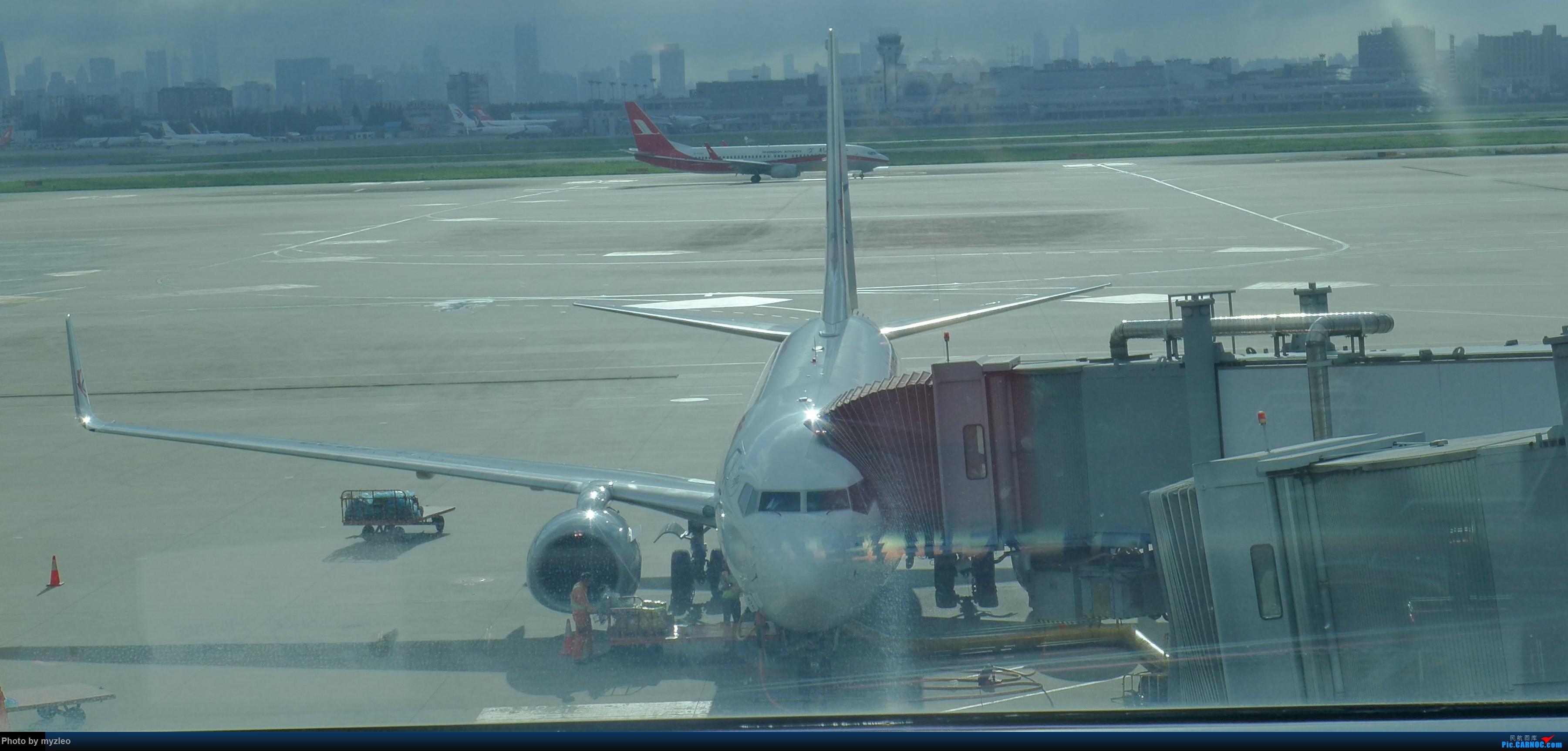 Re:[原创]【myzleo的游记3.1】三访帝都——记一次意外的惊喜,大鹅头初遇,第一次去中关村 BOEING 737-700 B-5820 中国上海虹桥国际机场