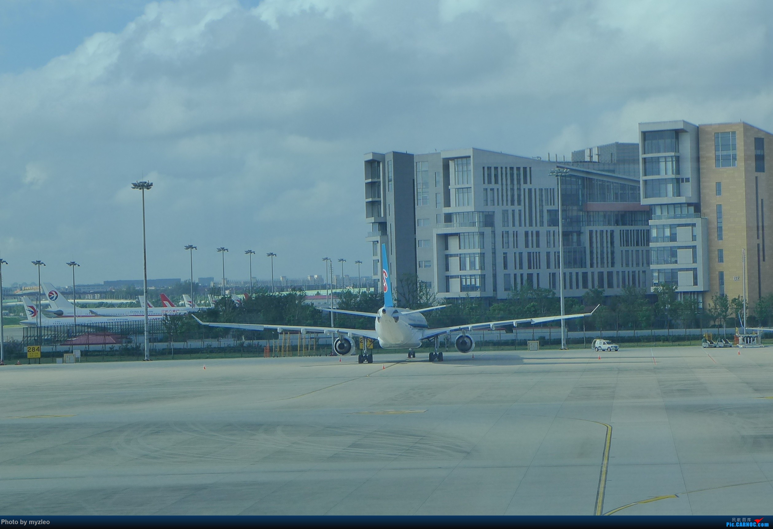 Re:[原创]【myzleo的游记3.1】三访帝都——记一次意外的惊喜,大鹅头初遇,第一次去中关村 AIRBUS A330  中国上海虹桥国际机场