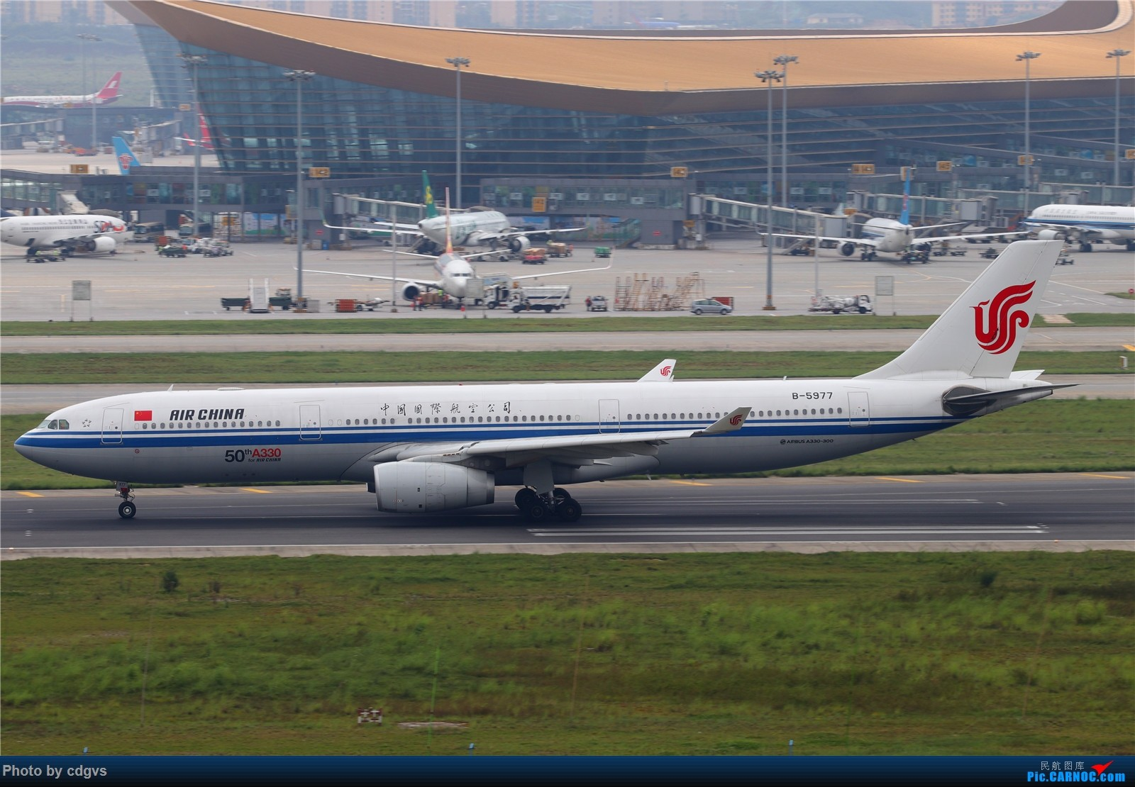 Re:[原创]【KMG】长水机场一组 1600大图 AIRBUS A330-300 B-5977 中国昆明长水国际机场