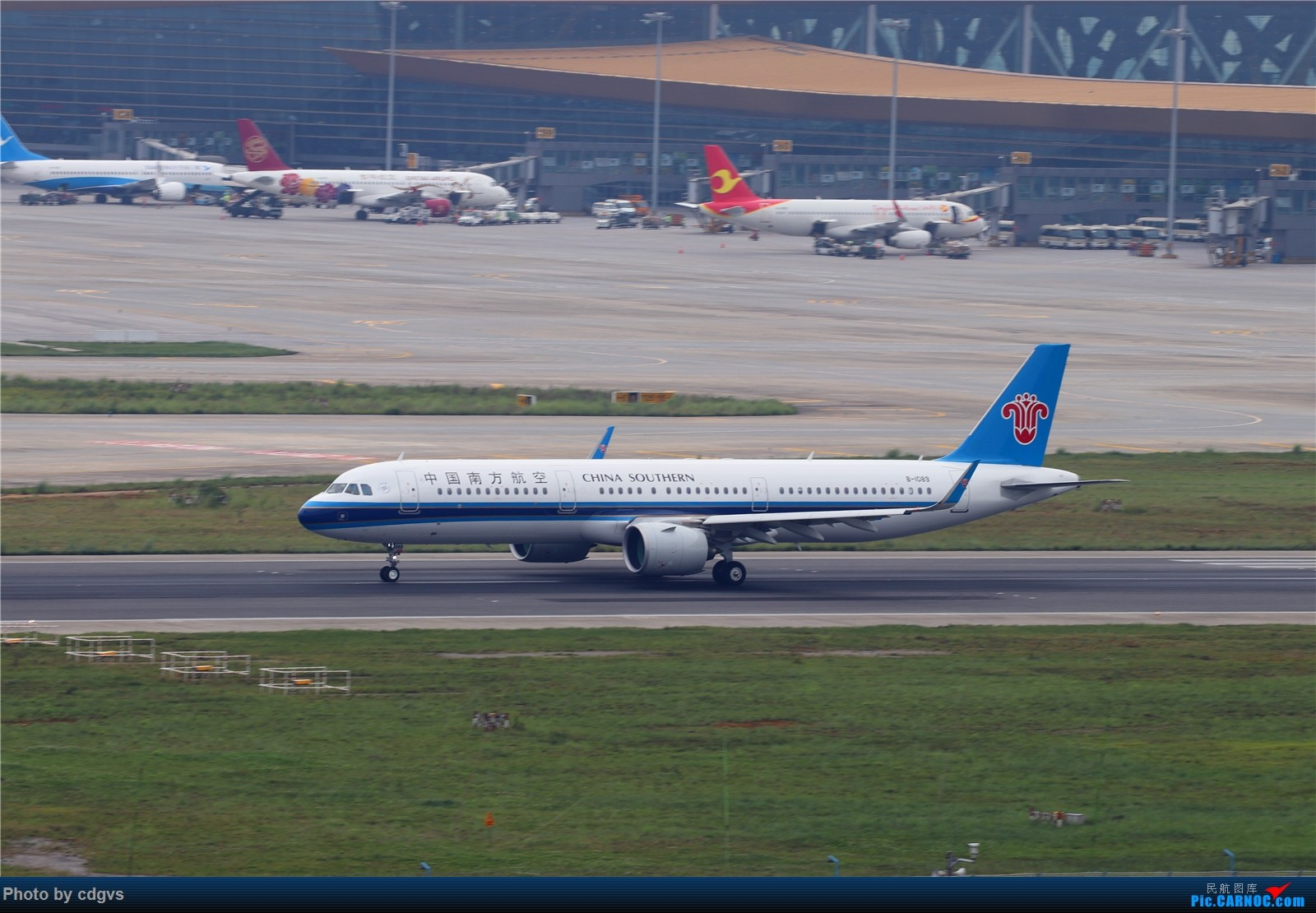 Re:[原创]【KMG】长水机场一组 1600大图 AIRBUS A321NEO B-1089 中国昆明长水国际机场