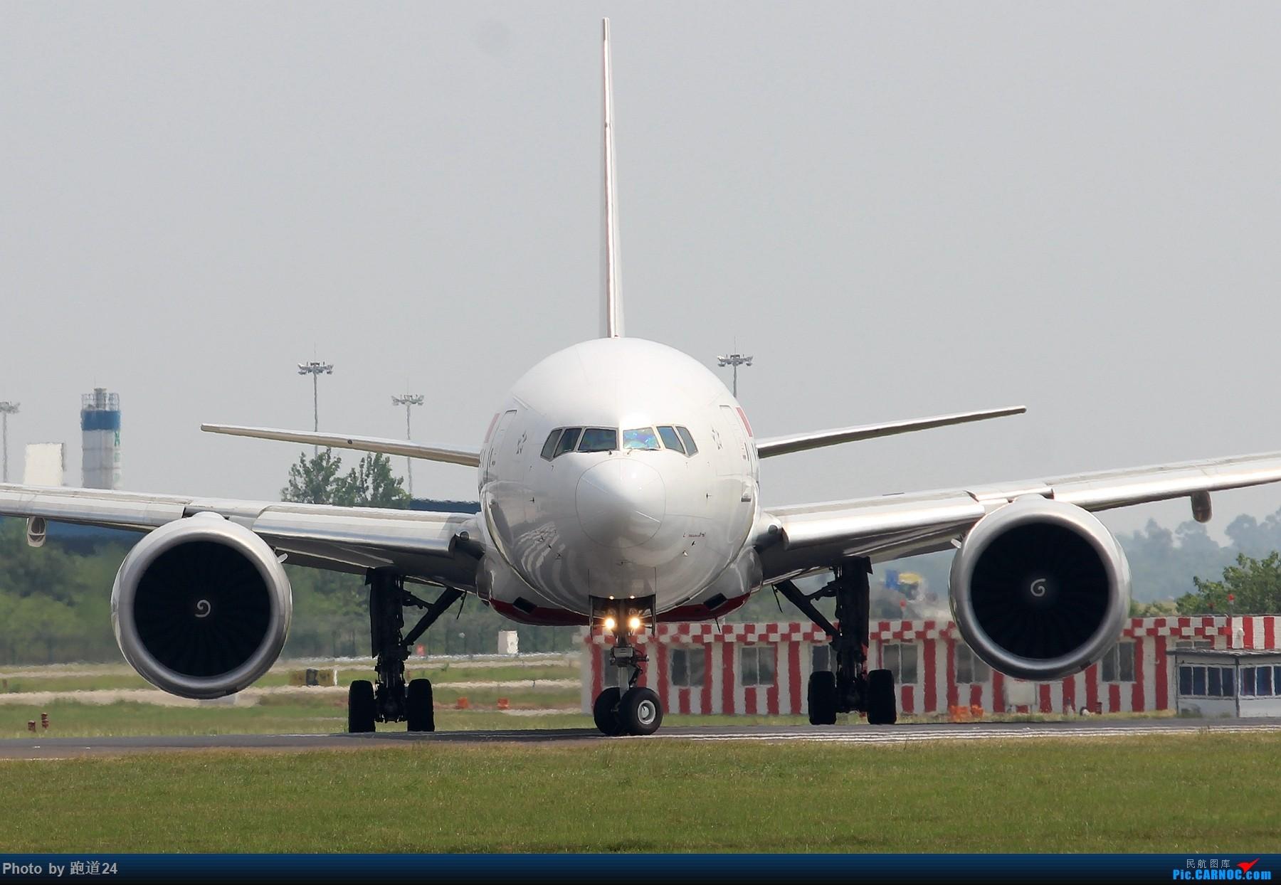 Re:[原创][多图党]8月31日CTU拍机 1800*1200 BOEING 777-300ER B-2047 中国成都双流国际机场
