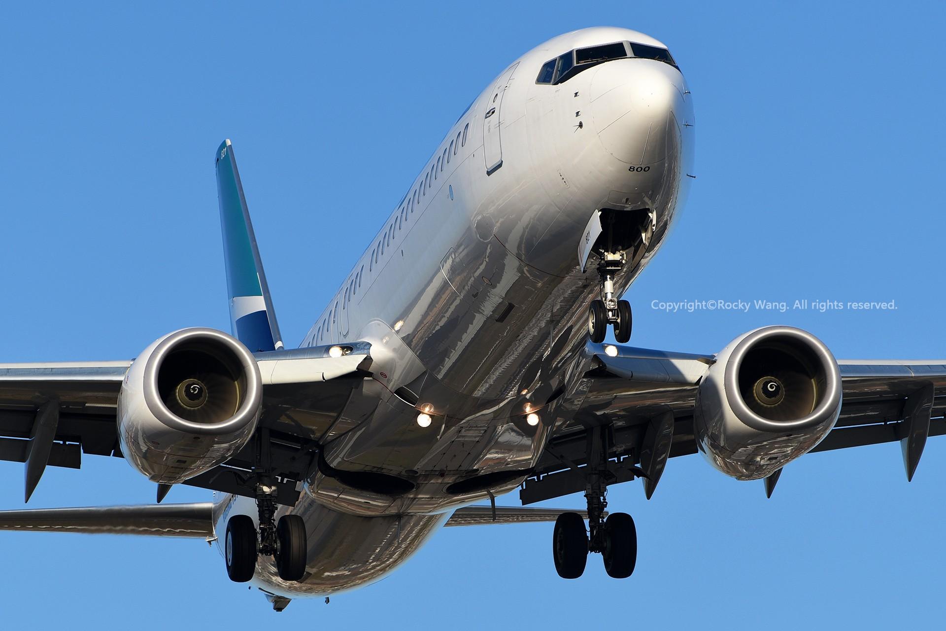Re:[原创]CYYZ 30图 BOEING 737-8CT C-FRWA Toronto Lester B. Pearson Int'l Airport