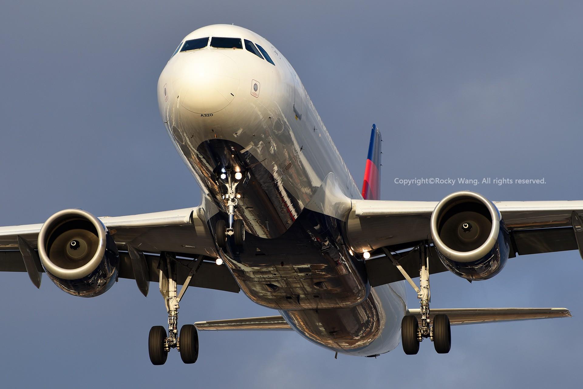 Re:[原创]CYYZ 30图 AIRBUS A320-212 N345NW Toronto Lester B. Pearson Int'l Airport