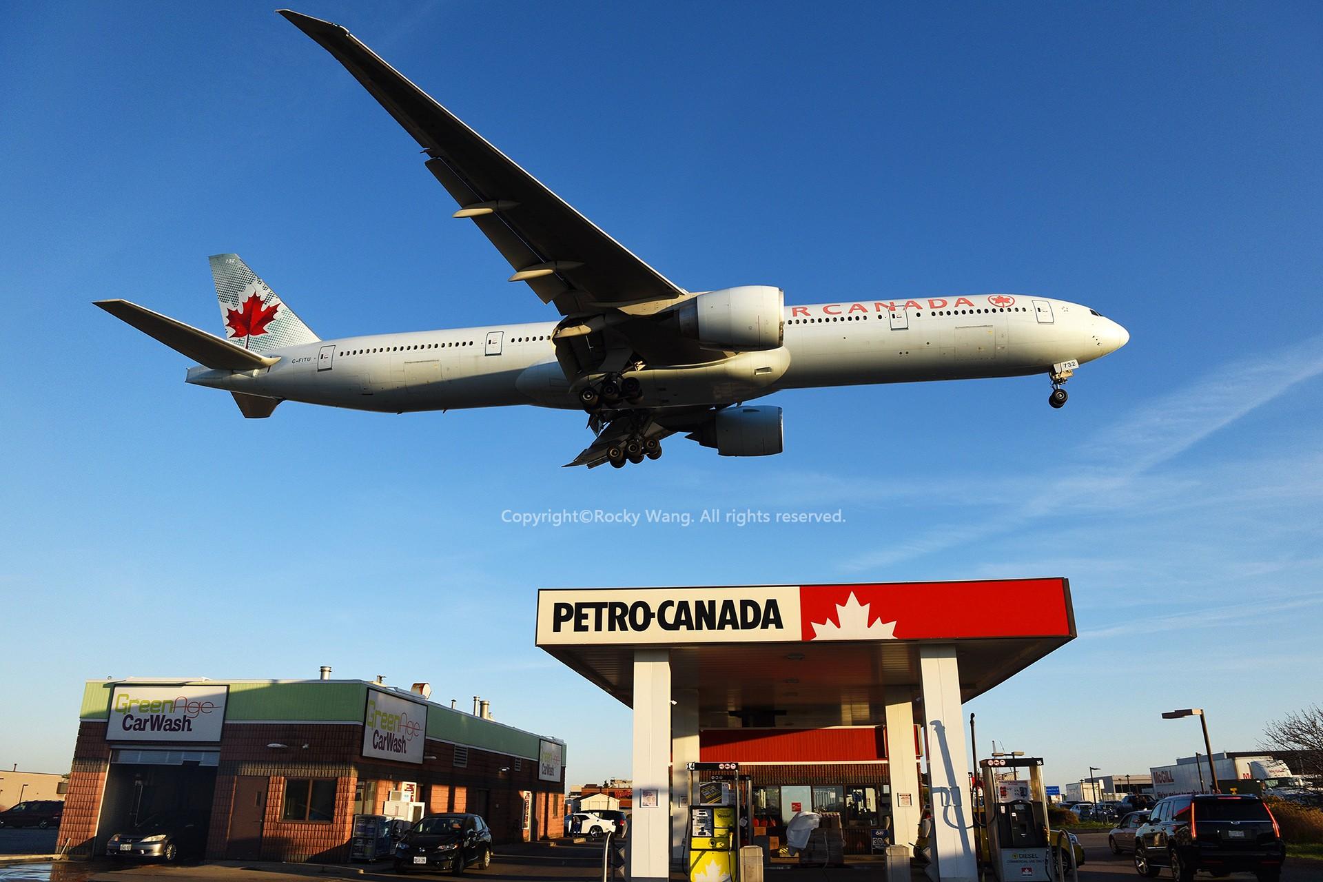 Re:[原创]CYYZ 30图 BOEING 777-333ER C-FITU Toronto Lester B. Pearson Int'l Airport