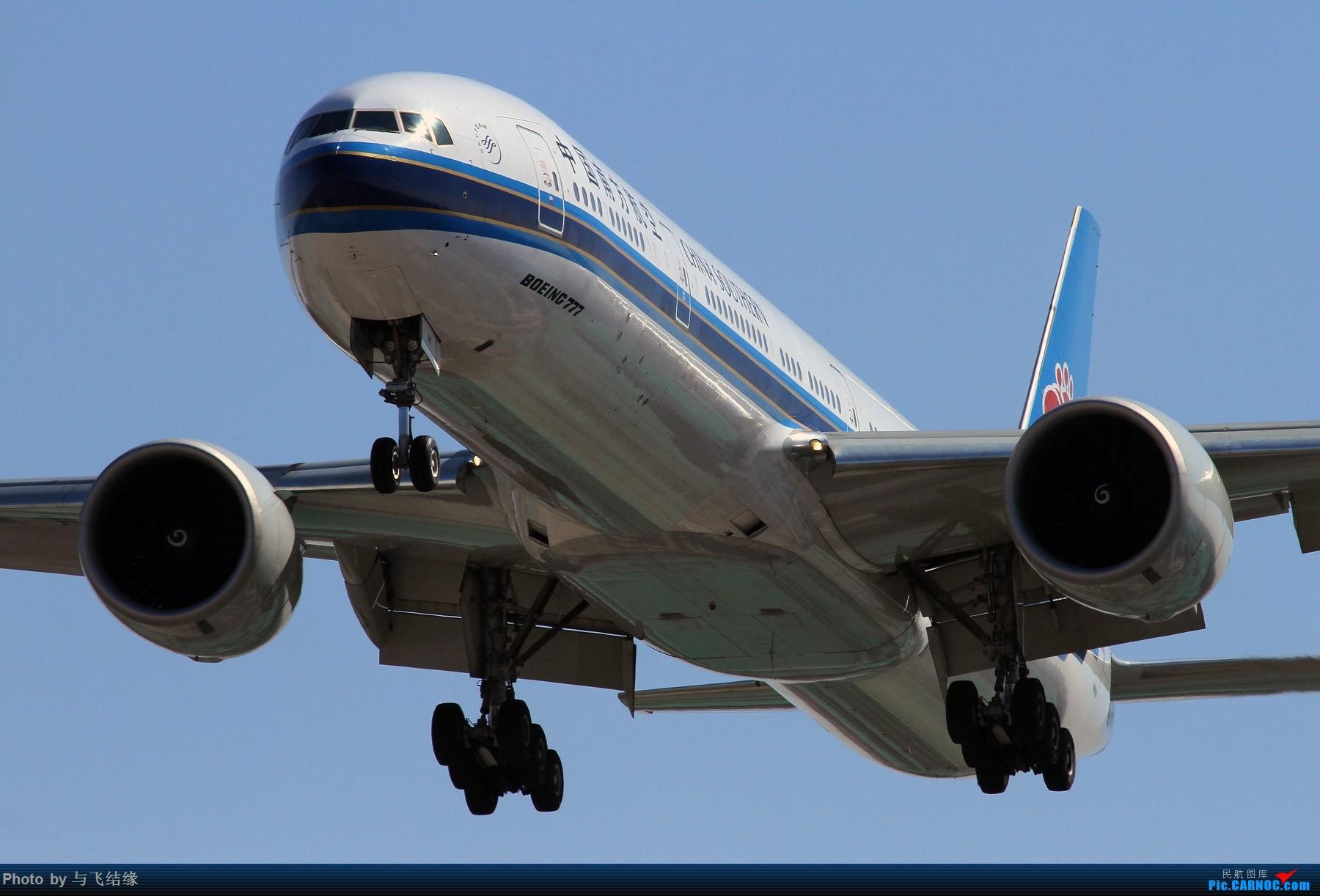 Re:[原创]PEK的近进几图! BOEING 777-300ER B-7185 中国北京首都国际机场