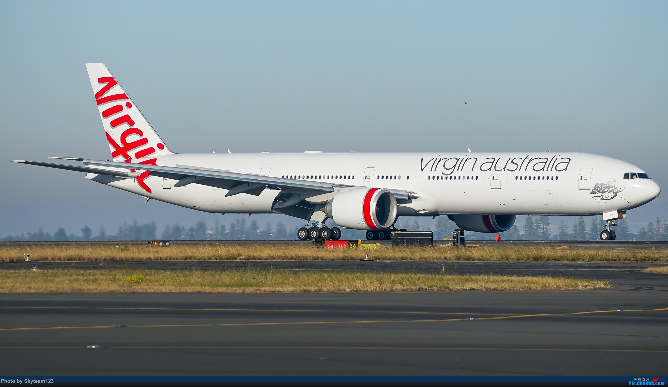 Re:[原创][SYD] 再访Blu EMU停车场 早上34L抵港出发杂图几张 BOEING 777-300ER VH-VPH 澳大利亚悉尼金斯福德·史密斯机场
