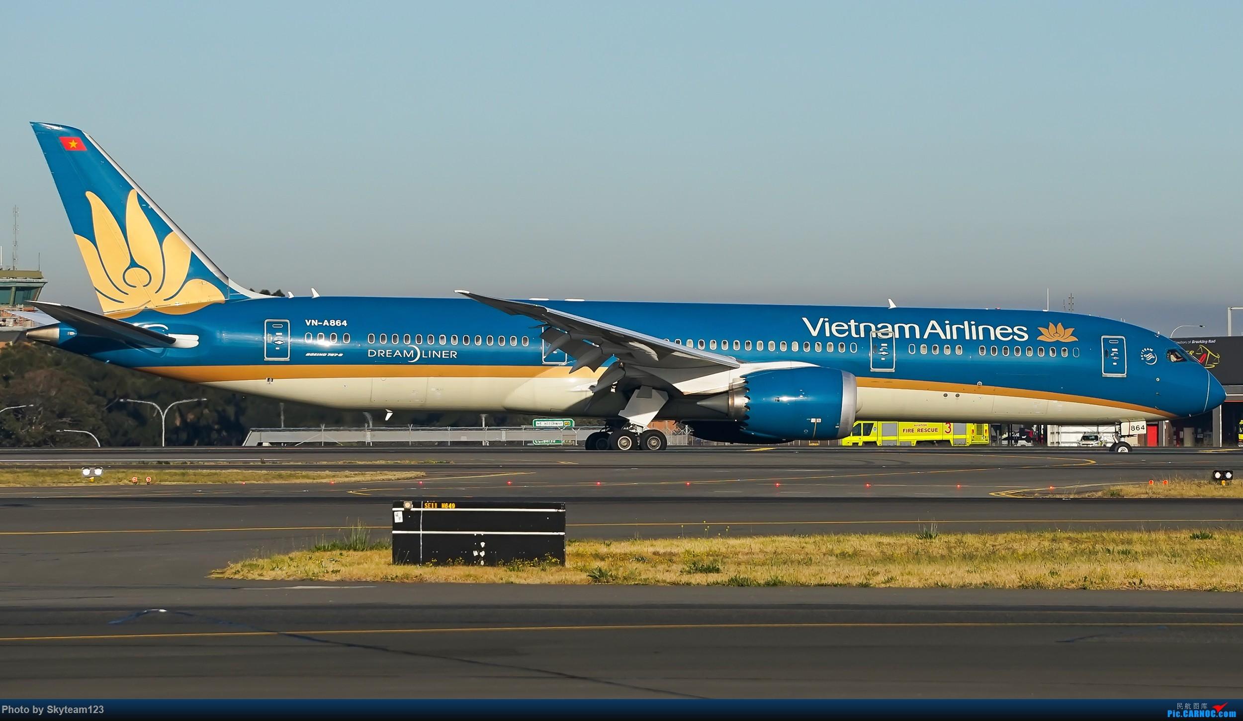 Re:[原创][SYD] 再访Blu EMU停车场 早上34L抵港出发杂图几张 BOEING 787-9 VN-A864 澳大利亚悉尼金斯福德·史密斯机场