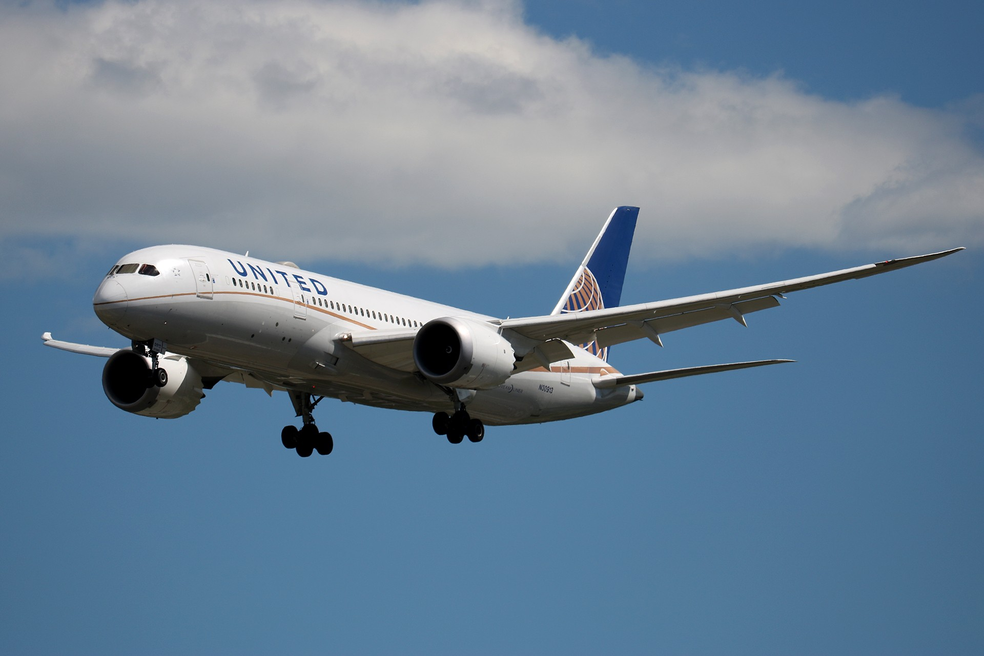 Re:[原创]LIULIU|【PEK 01】|好看的云Ⅲ|下午的那些北美线 BOEING 787-8 DREAMLINER N30913 中国北京首都国际机场