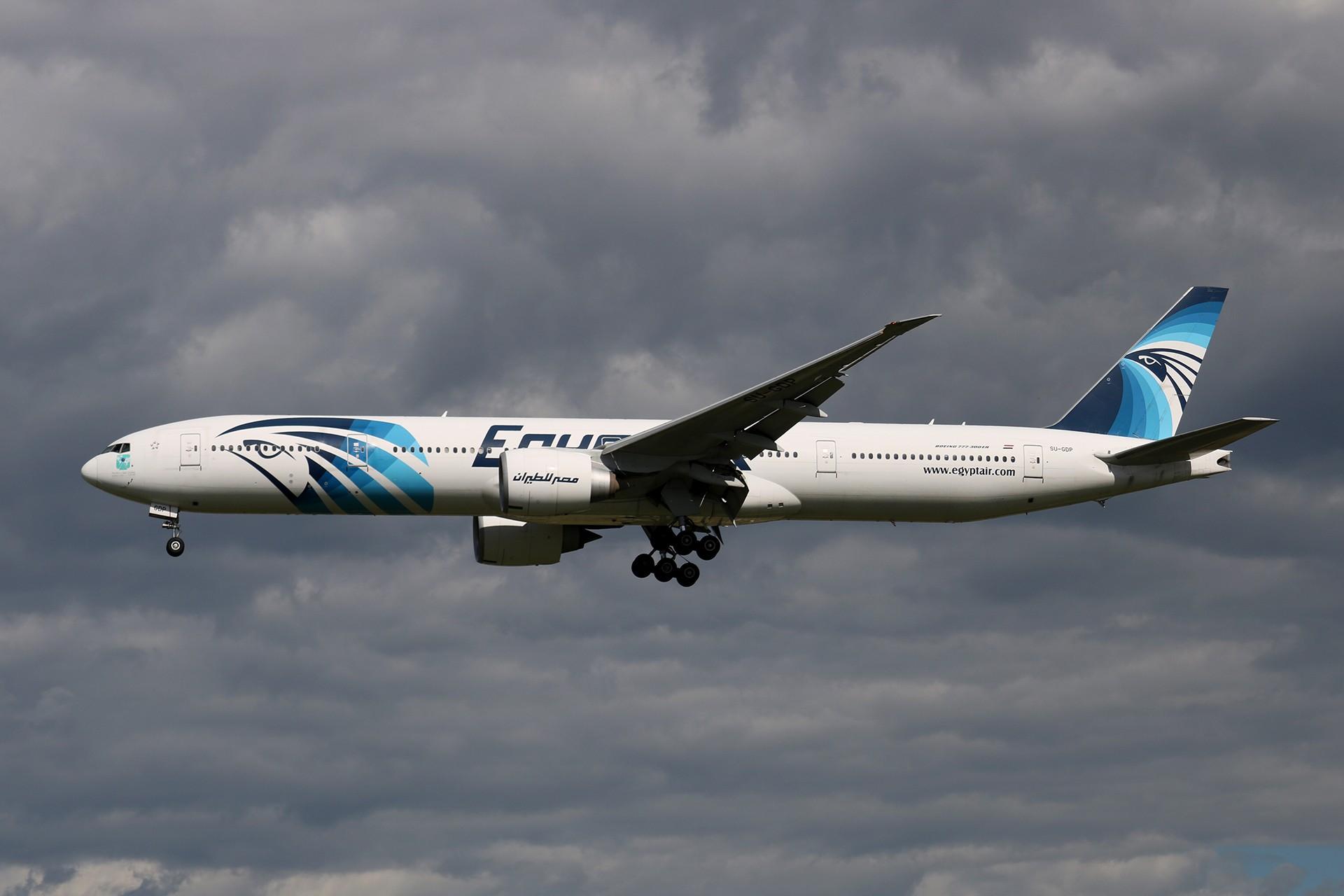 Re:[原创]LIULIU 【PEK 01】 好看的云Ⅳ 杂,很杂,是真的杂 BOEING 777-36NER SU-GDP 中国北京首都国际机场