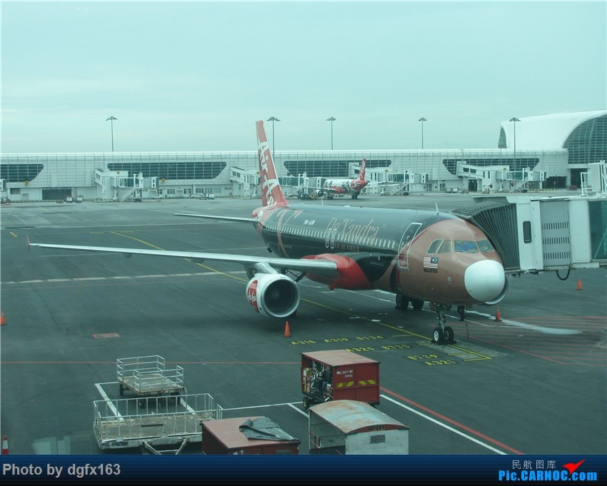 Re:[原创]【dgfx163的游记(27)】亚洲航空 A320-216 AK9753 吉隆坡KUL-斗湖TWU 罕见的东马机场 斗湖机场论坛首发!附卡帕莱美景,印证人间仙境 AIRBUS A320-200 9M-AQM 马来西亚吉隆坡国际机场
