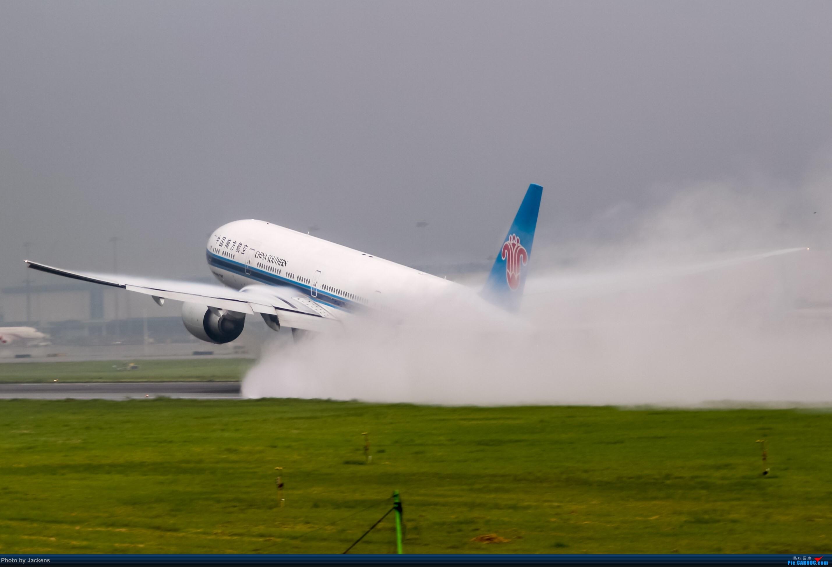 Re:[原创]吹飞一组 BOEING 777-300ER B-2048 中国广州白云国际机场