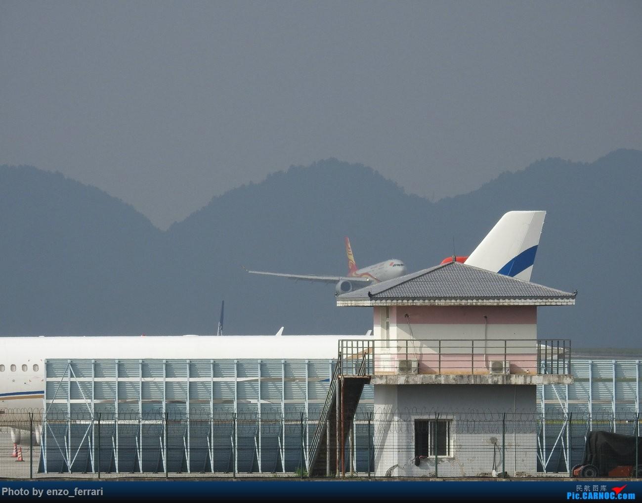 [原创]【KWE】良心海航,基本上每天都有一到两架宽体机飞贵阳。 AIRBUS A330-200 B-5979 中国贵阳龙洞堡国际机场