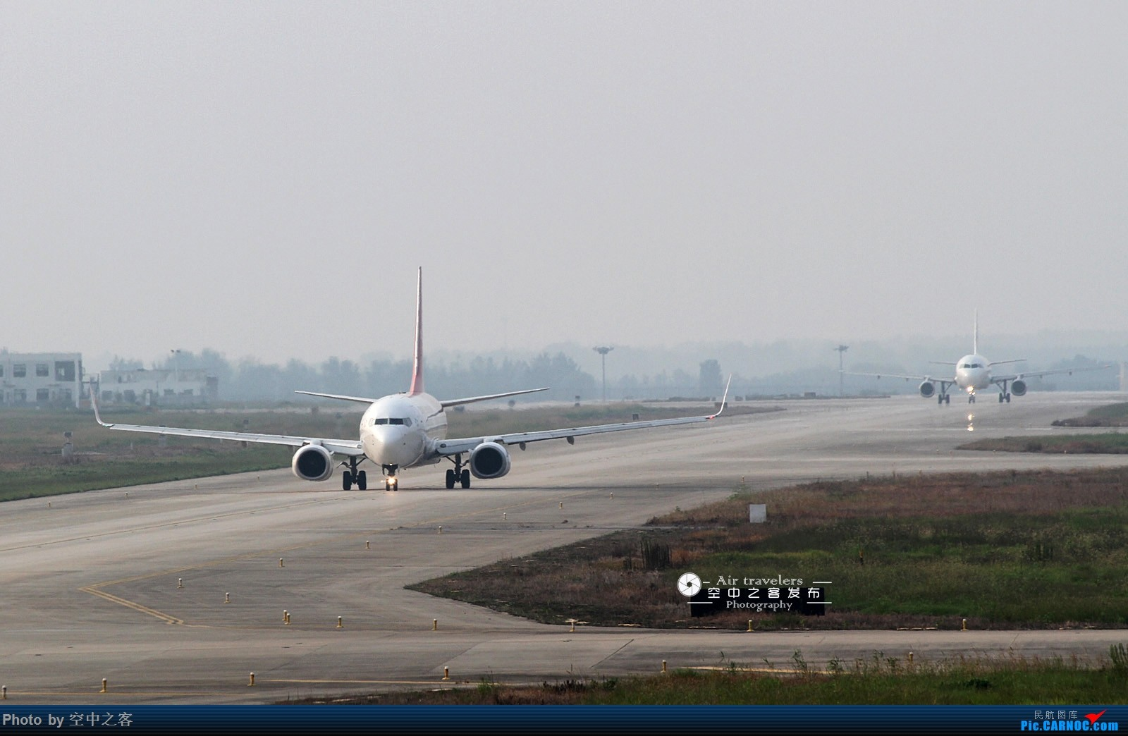 Re:[原创][霸都打机队 空中之客发布]aiolia7456大佬尽然没有参加当代拍机活动 BOEING 737-800 B-1982 合肥新桥国际机场