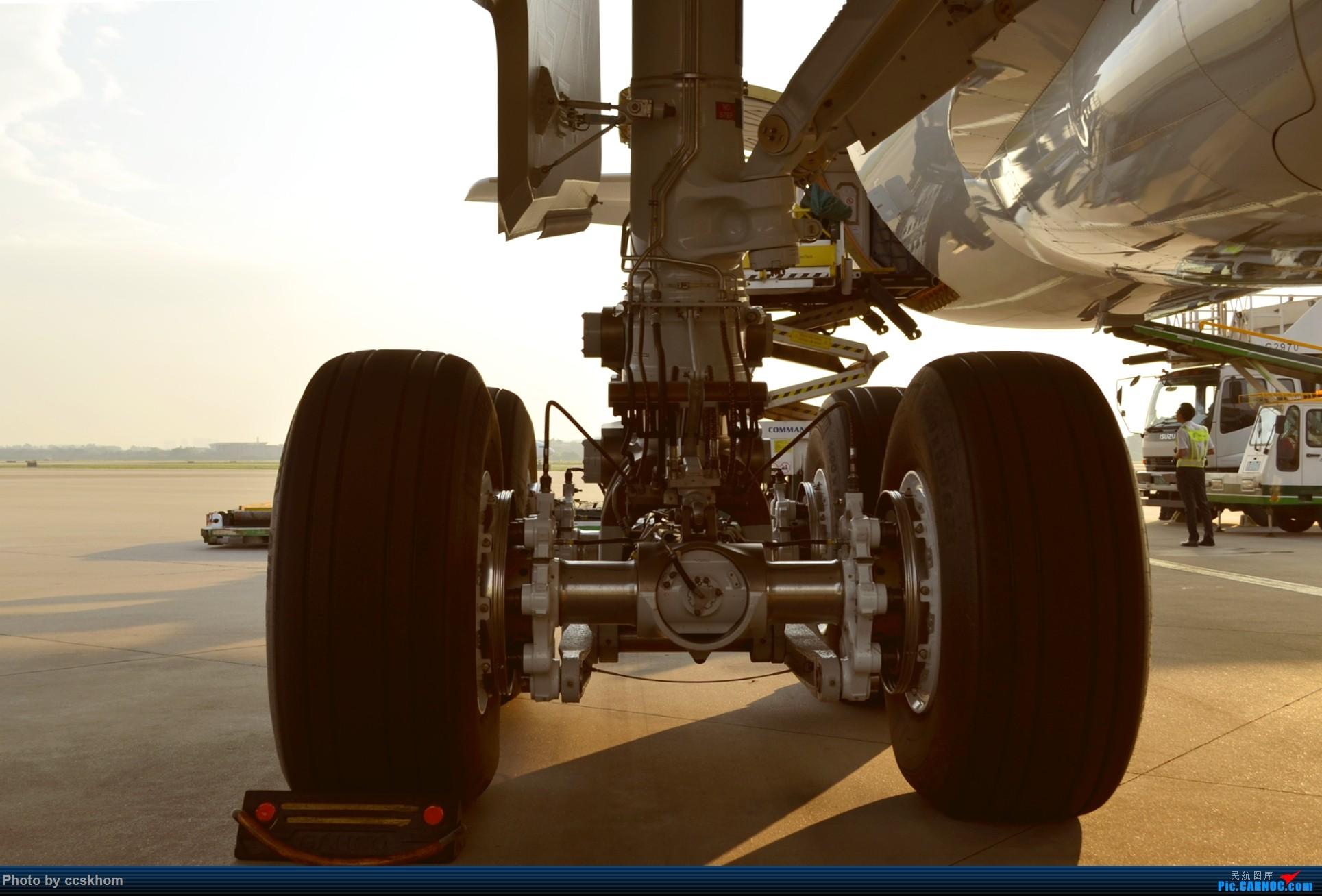 Re:在机坪接国航A350的广州首航 AIRBUS A350-900 B-1085 中国广州白云国际机场