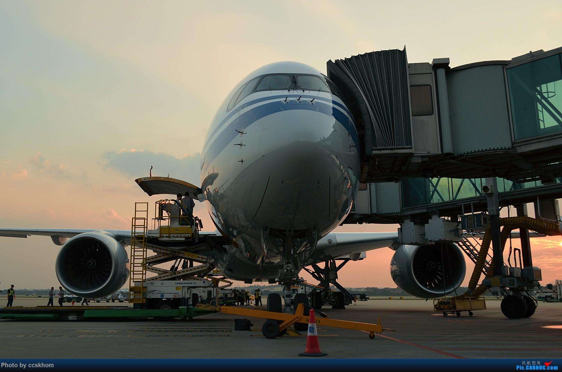 Re:[原创]在机坪接国航A350的广州首航 AIRBUS A350-900 B-1085 中国广州白云国际机场