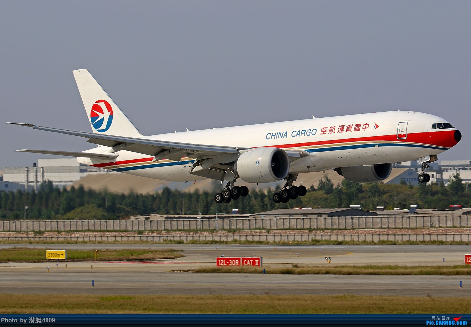 Re:[原创]【郑州飞友会】郑克雷奇货机集锦 BOEING 777F B-2078 中国郑州新郑国际机场