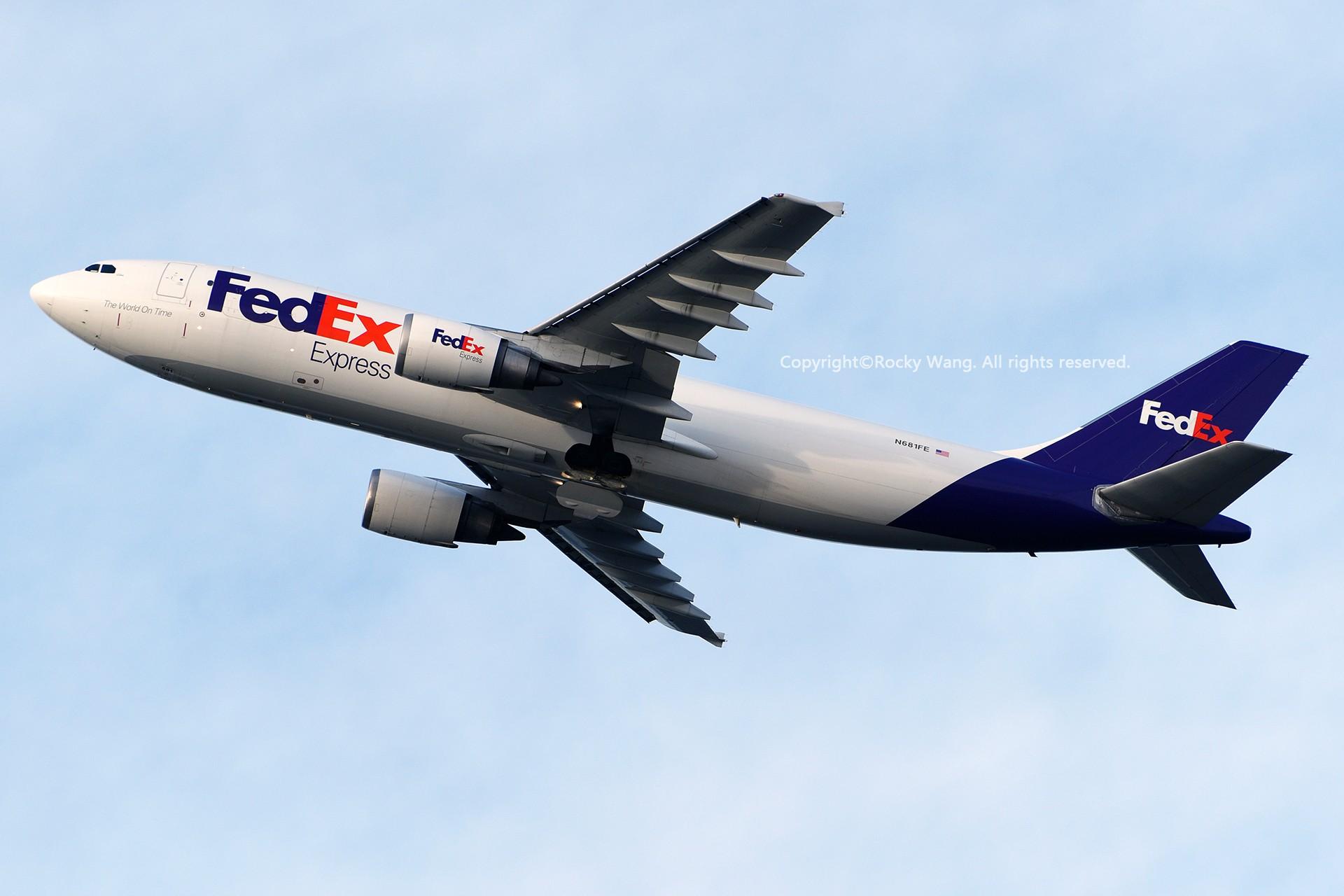 Re:[原创]Seattle 30图 AIRBUS A300F4-605R N681FE Seattle-Tacoma Int'l Airport