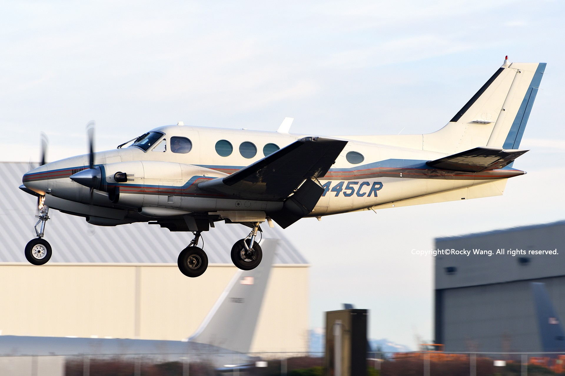 Re:[原创]Seattle 30图 BEECHCRAFT C90 KING AIR N445CR Snohomish County Airport/Paine Field