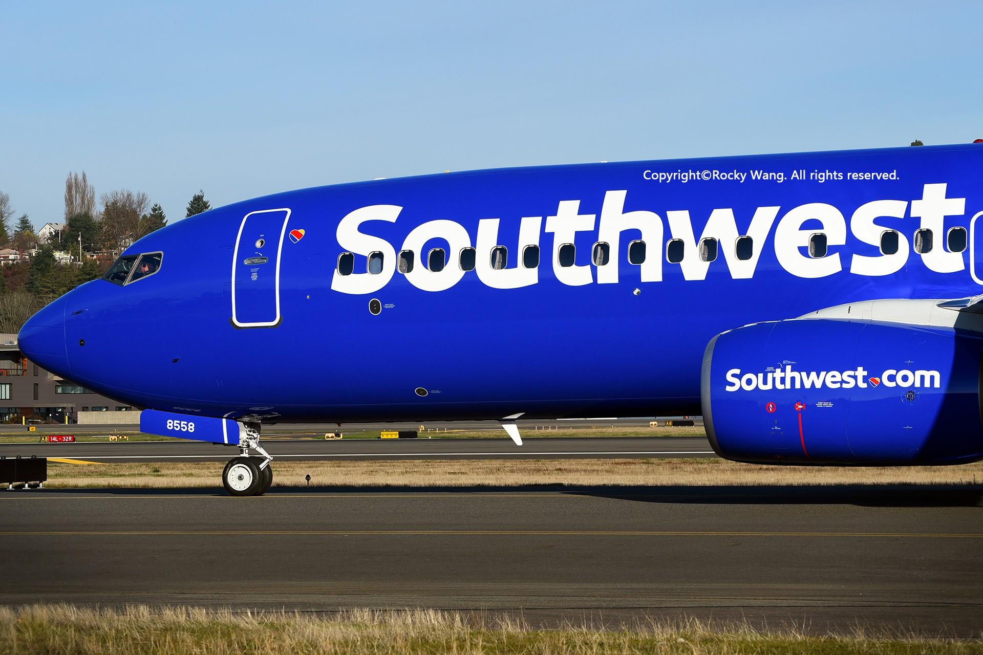 Re:[原创]Seattle 30图 BOEING 737-8H4 N8558Z Seattle Boeing Field/King County