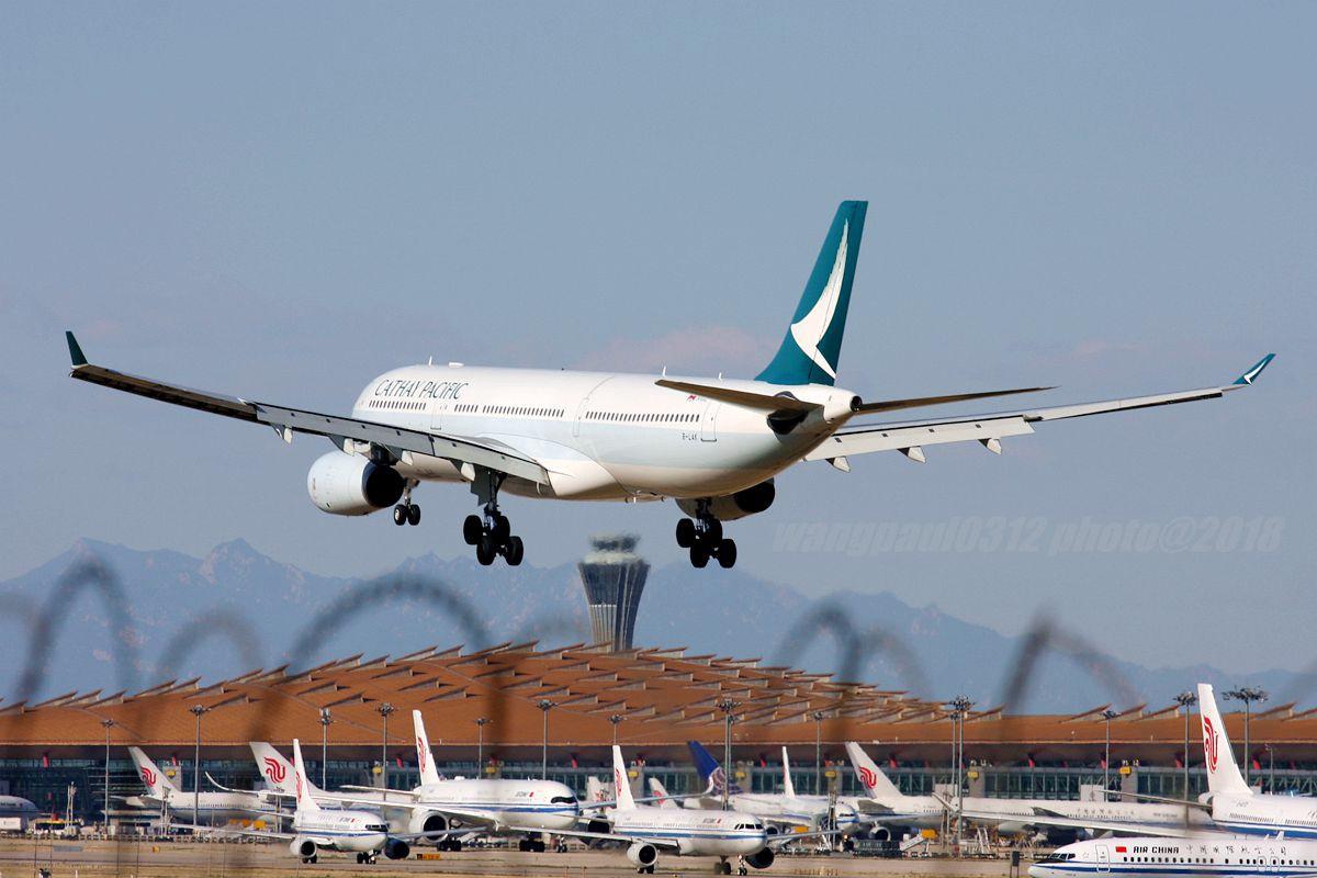 Re:[原创]再不贴图就堕落成一名伪飞友了,国庆节的八卦台 AIRBUS A330-300 B-LAK 中国北京首都国际机场