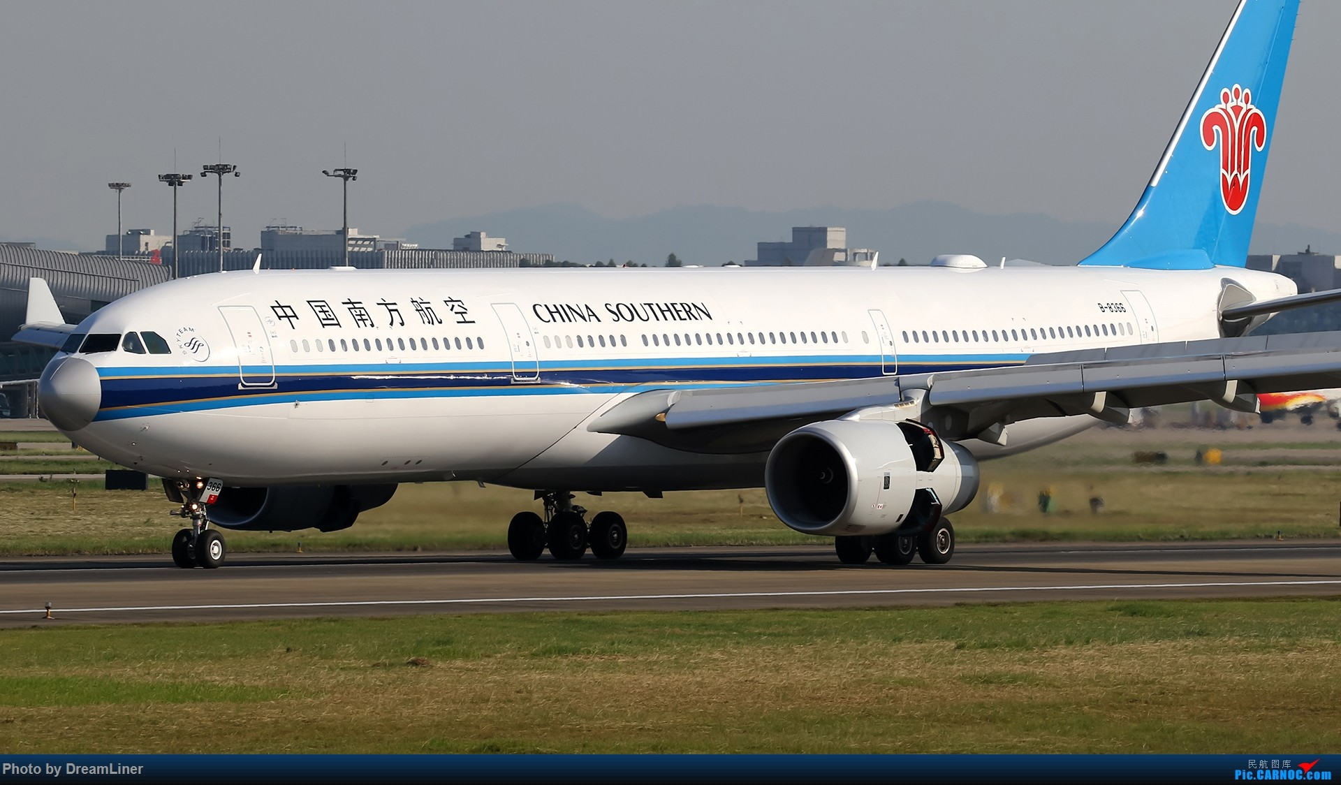 Re:[原创]【CAN】一组宽体 AIRBUS A330-300 B-8366 中国广州白云国际机场