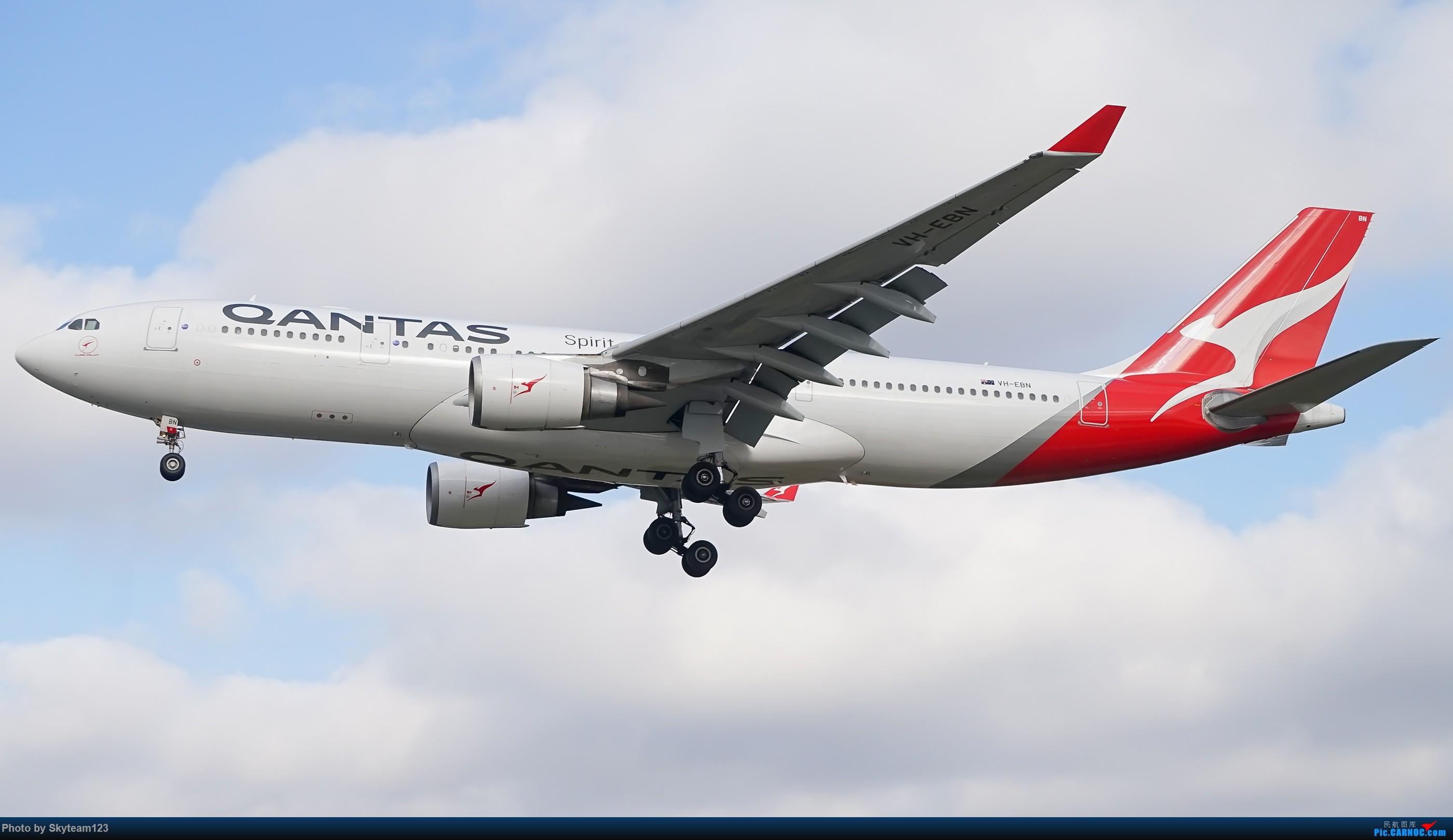 [原创][SYD] 假期拍机小结 解锁16R跑道头拍机位 & 停车楼拍机作业 【全宽体】 AIRBUS A330-200 VH-EBN 澳大利亚悉尼金斯福德·史密斯机场