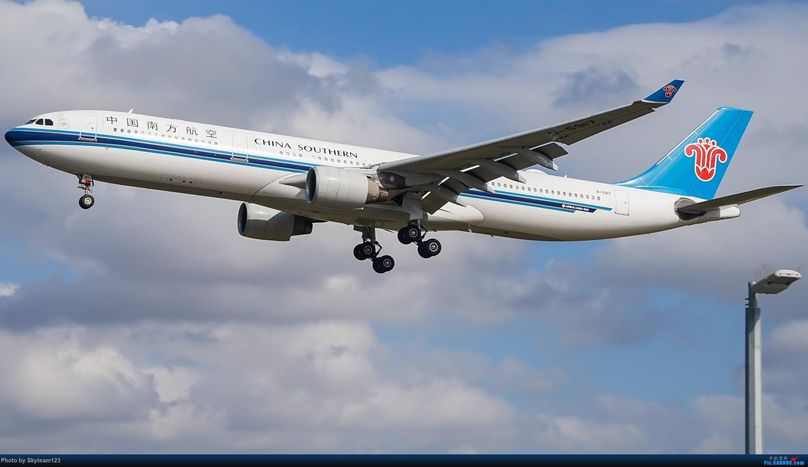 Re:[原创][SYD] 假期拍机小结 解锁16R跑道头拍机位 & 停车楼拍机作业 【全宽体】 AIRBUS A330-300 B-5917 澳大利亚悉尼金斯福德·史密斯机场