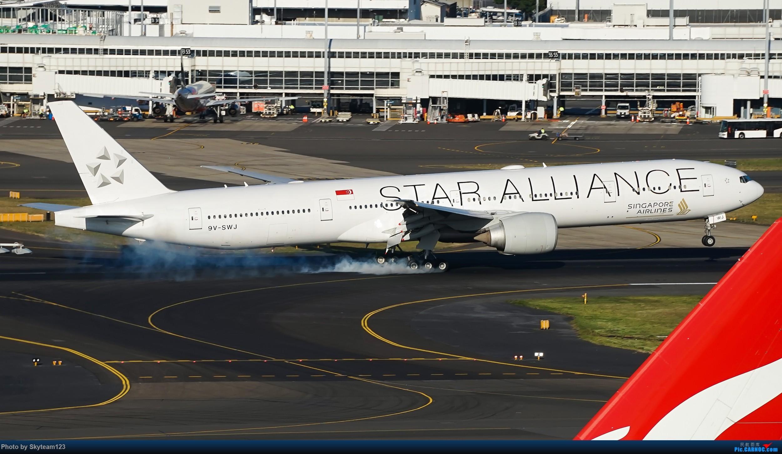 Re:[原创][SYD] 假期拍机小结 解锁16R跑道头拍机位 & 停车楼拍机作业 【全宽体】 BOEING 777-300ER 9V-SWJ 澳大利亚悉尼金斯福德·史密斯机场